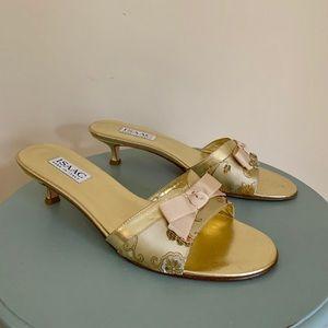 Isaac Mizrahi Golden Kitten Heel Mule 9 B